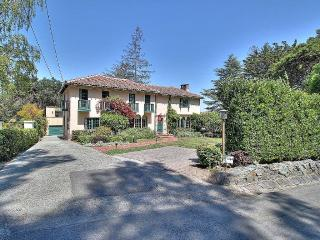 4 Bedroom, 4 Bathroom Bay Area Beauty!, Burlingame
