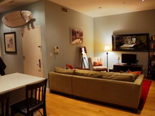 Upscale Duplex w/ Private Terrace!, Brooklyn