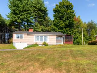 Charming 3BR Mayfield Home w/Private Dock, Screened Porch & Wifi - Just Across the Street From Lake Sacandaga! Near Hiking, Skiing & Family Activities