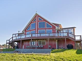 The Biggest Vacation Rental in Ocean Shores Area