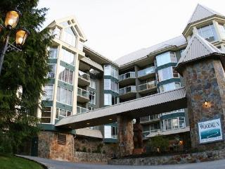 Woodrun Lodge Blackcomb Mountain Ski In/Out