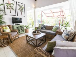 FREE CHEF - Umalas Retreat IIa, 2 bed villa, Seminyak