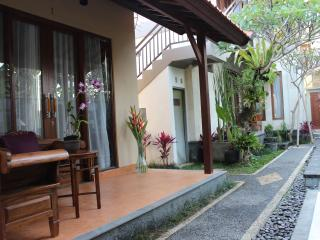 Uma padi villa three bedroom private pool villa, Kedewatan