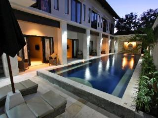 Kuta Segara Villa 8 bedroom Villa - Private Pool
