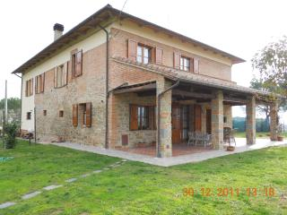 ENRICA'S  FARMHOUSE