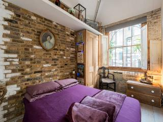 Spacious luxury apartment in the heart of London