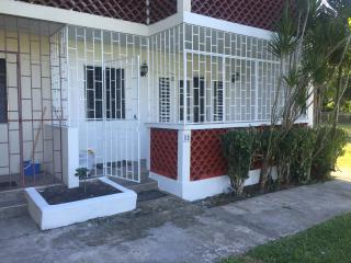 1 Bed ,1 Rec, Gnd Floor, AC, Cable, Wi-Fi, Parking, Holetown