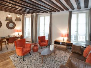 Offer Feb. 2016 - High range property -1100€/w, París