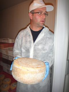 Visit the cheese factory in the next village at Vibbiana and meet Fabrizio, son of the owners