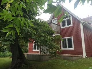 Cozy countryside family home, Tignish