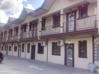 vacation rental, Caroni