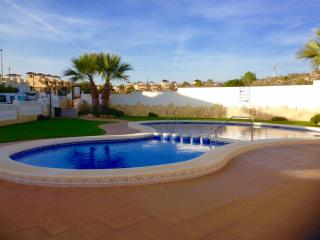 Panorama Golf 3 bedroom south facing bungalow, Villamartin