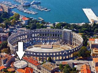 Apt Pula Centar next to Arena