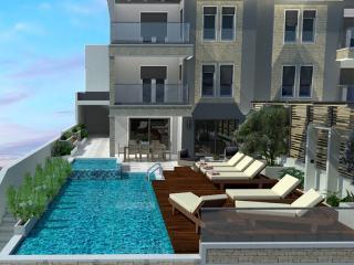 NEW!! LUXURY VILLA PARADISE+ heated pool+billiards, Omis