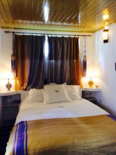Safran bedroom