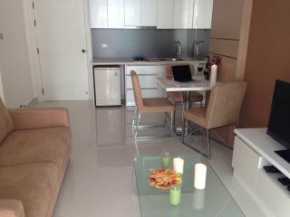 Mr.Butler, Jomtien, 1 bedroom, privat pool access!, Pattaya