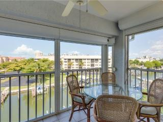 Royal Pelican 491, Corner Unit, Canal View, Elevator, 2 Heated Pools, Fort Myers Beach