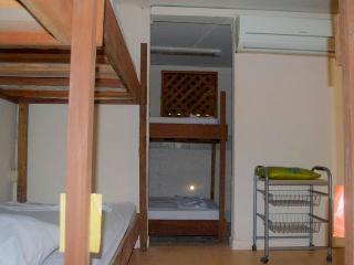 Caricako Hostel - Dormitory Bed 1, Manzanillo