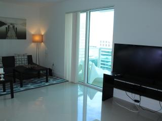 Bay View Luxury Studio Apartment OBSV5, Miami