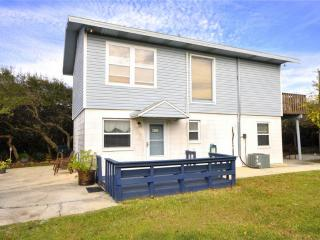 Breezy Cottage, 2 Bedrooms, Near the St Augustine Beach, Saint Augustine