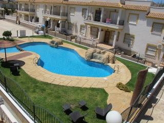Apartment Near La Finca Golf Complex, Algorfa