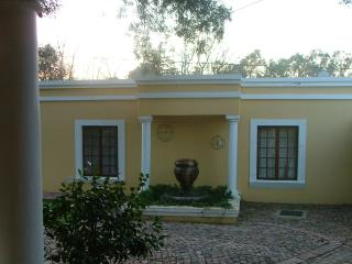 52 @ Donald Murray Selfcatering guesthouse, Bloemfontein
