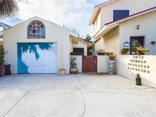 Seaside Villa, 1 Bedroom, Access to Pool, Pet Friendly, Sleeps 4, Saint Augustine