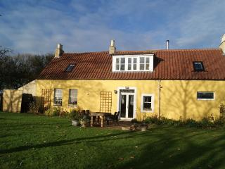 Beautiful, Spacious 2 Bed Stables Conversion, Upper Largo