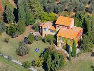 Podere Colombaio Exclusive Villa 1km from Pienza
