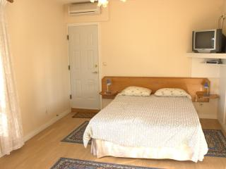Apartments Mijajov Dvor- One-Bedroom Apartment with Shared Balcony 1, Sumartin