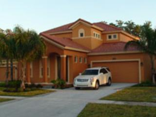 Stunning 5 Bed 4 Bath Villa with own private pool. Gated Resort close to Disney.
