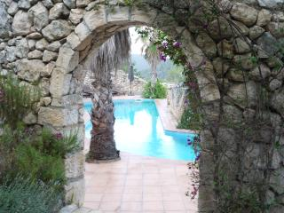Stone Cottage close to Sitges sleep 4, Canyelles