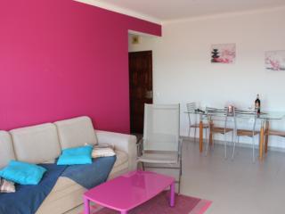 Beachfront apartment with stunning sea view, Praia da Rocha