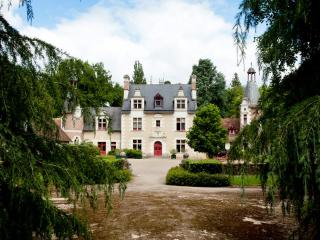 Chateau de Troussay, B&B, Loire Valley, lifestyle, Cheverny
