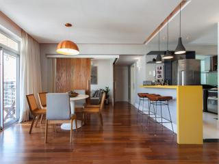 Posh 2 Bedroom Apartment Nestled in Leblon, Río de Janeiro