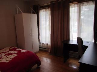 2 chambres rénovées à 2 minutes de l'université la, Québec (Stadt)