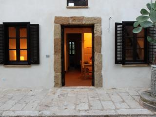 Typical country house in Sicily #2. A quiet corner