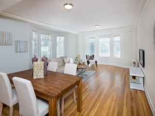 COMFORTABLE AND BEAUTIFULLY FURNISHED 1 BEDROOM APARTMENT, San Francisco
