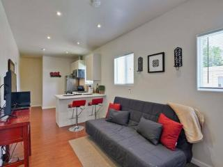 Completely Remodeled 2 bedroom Unit, Redwood City