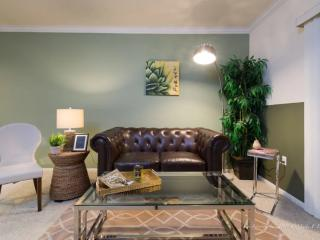 Fully Furnished 1 Bedroom Westlake Apartment With Great Amenities, Los Ángeles