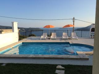 Aleksandar Vista villa with Swimming Pool, Herceg-Novi