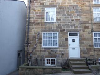 Seaholme Cottage  -  Yards from the beach!, Staithes