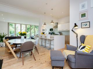 4 bed Chiswick Charm, London