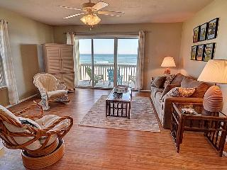Surf Condo 126 - Majestic Ocean View, Simple Design, Pool, Beach Access, Onsite Laundry, Surf City
