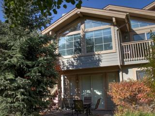 Beautiful Warm Springs Townhome, Ketchum