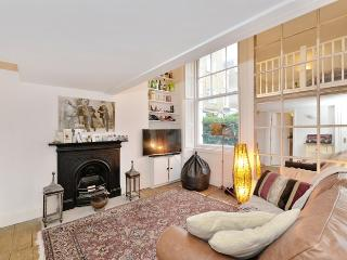 Chique Maisonette Flat in Clapham, Warfield