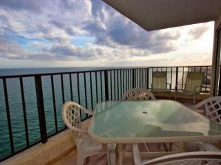 Atalaya Towers Penthouse, Garden City Beach