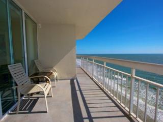 Waters Edge 3 Bedroom with Penthouse View