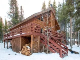 Updated 3BR Summit County Cabin w/Private Hot Tub! Only 3 Miles from Breckenridge!