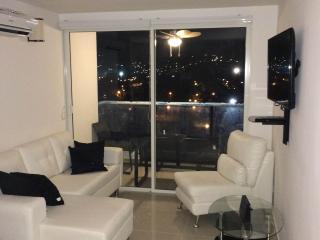 Apartamento para Estrenar Rodadero Sur Amoblado, Santa Marta
